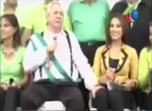 Bolivian mayor is way off in attempting to grab reporter's boob.